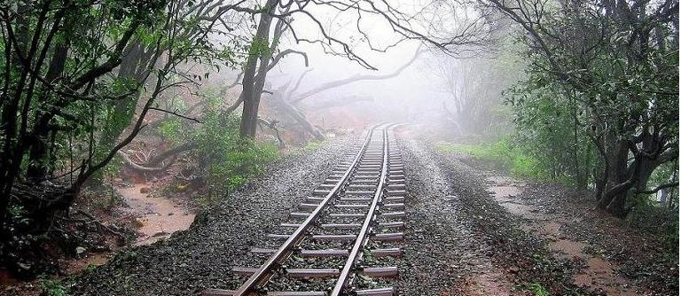 railway_track_in_matheran
